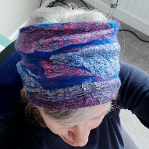 Cowl headband blue on head 500